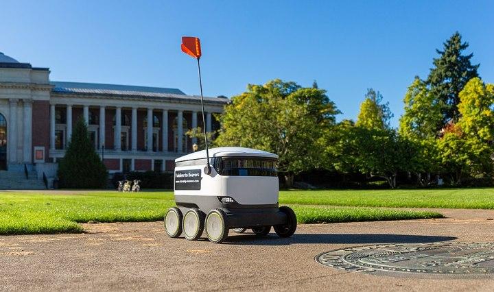 robot-marciapiede